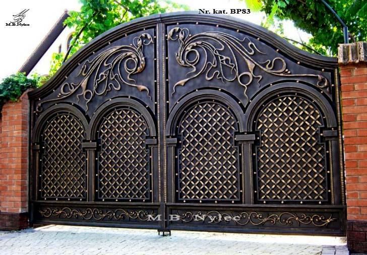 Unikatowa brama pełna bp83