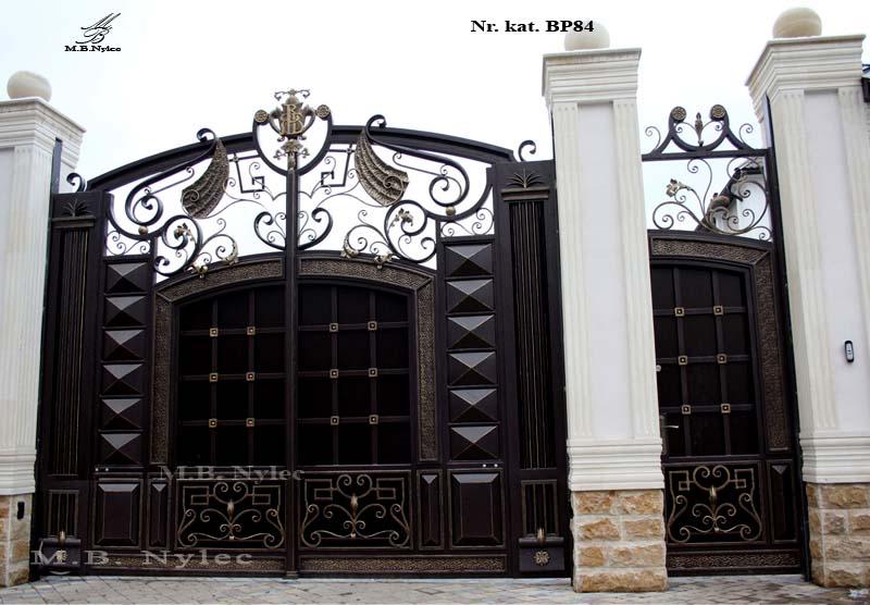 brama pełna do rezydencji bp84